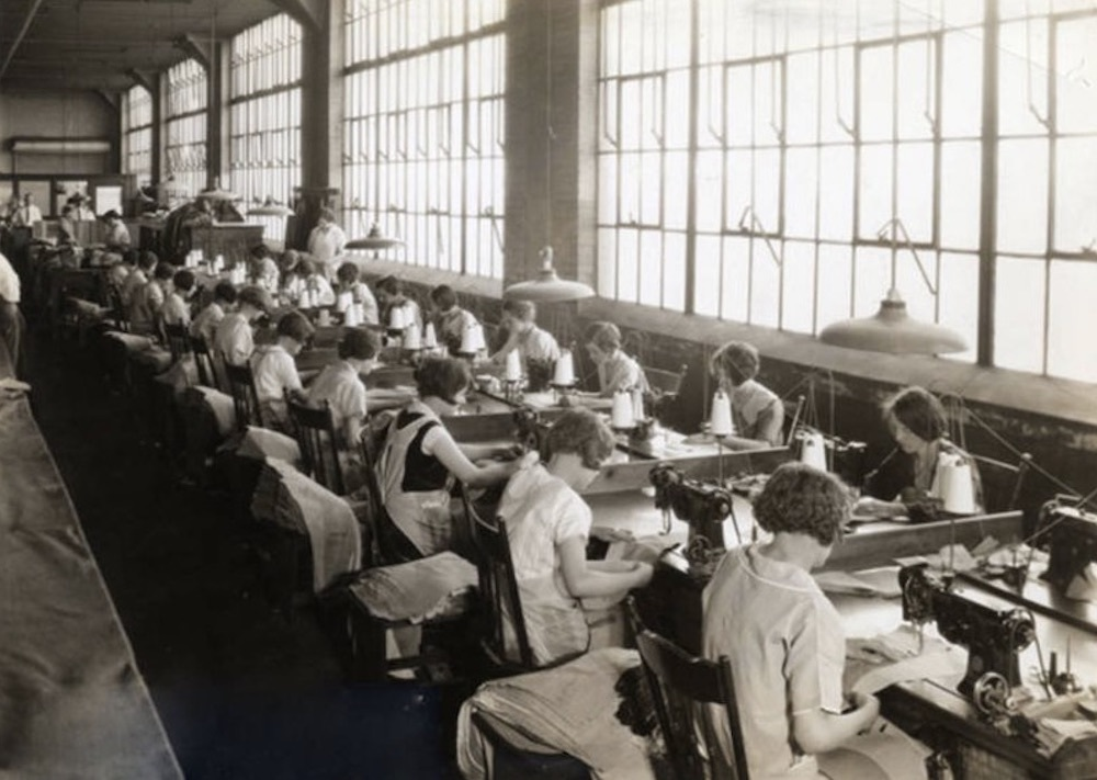 Richman Bros. workers in 1928