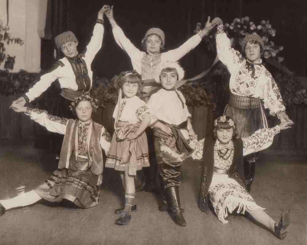 Ukrainian Heritage, 1927