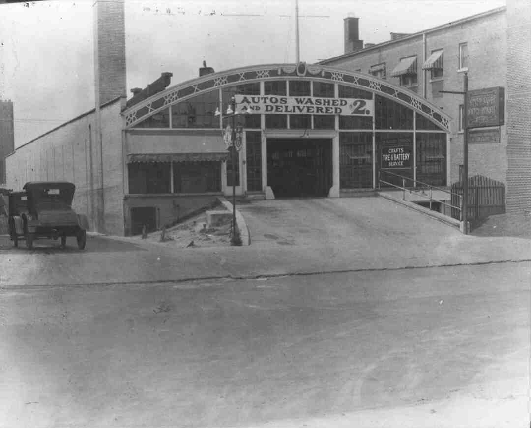 Crafts Tire & Battery, Circa 1930