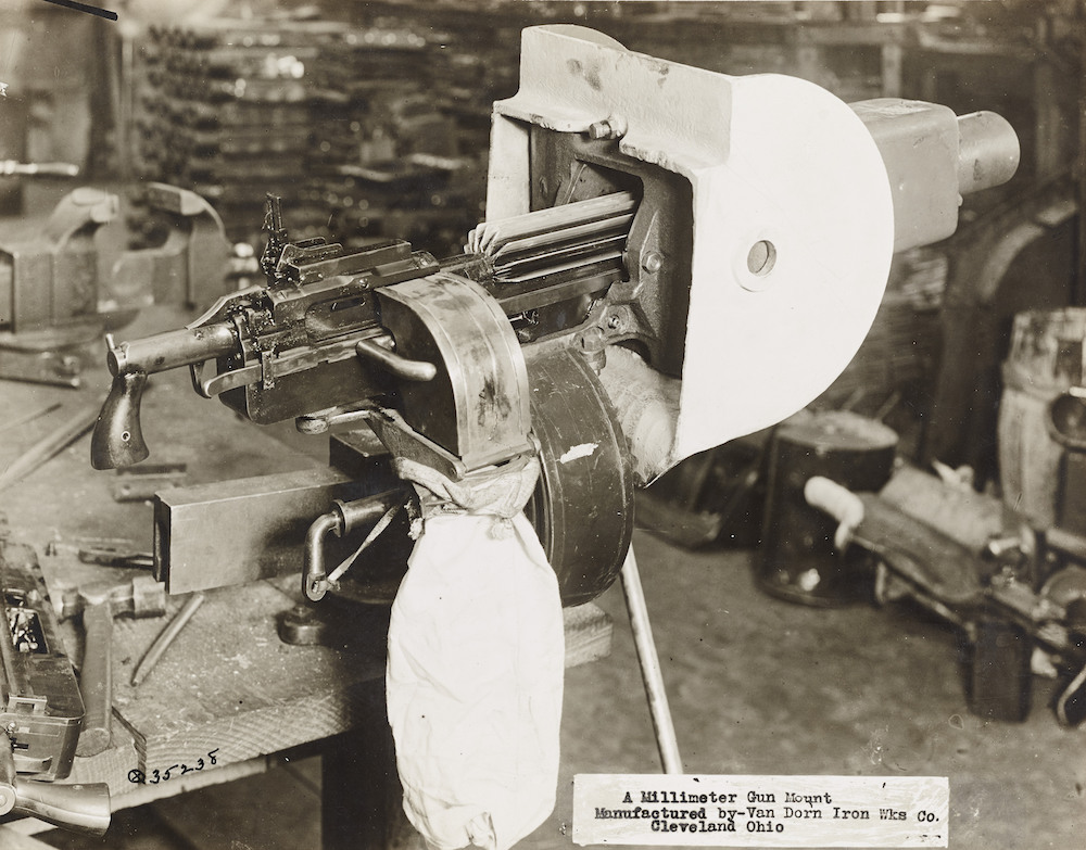 Machine Gun Mount