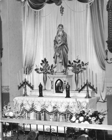 Previous altarpiece