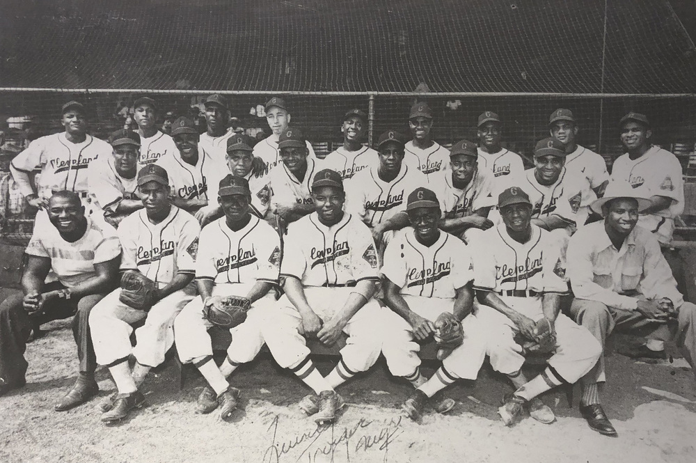 Cleveland Buckeyes Team Photo 1947