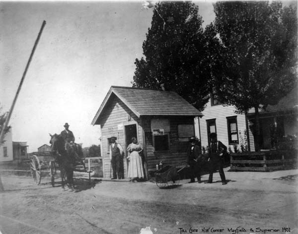Mayfield Road Toll Gate, 1902