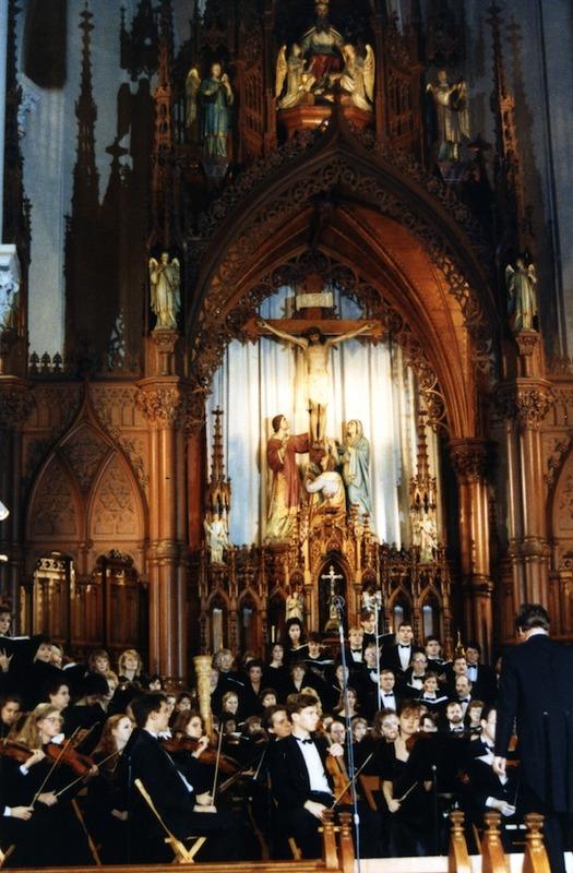 Interior of St. Stephen Roman Catholic Shurch