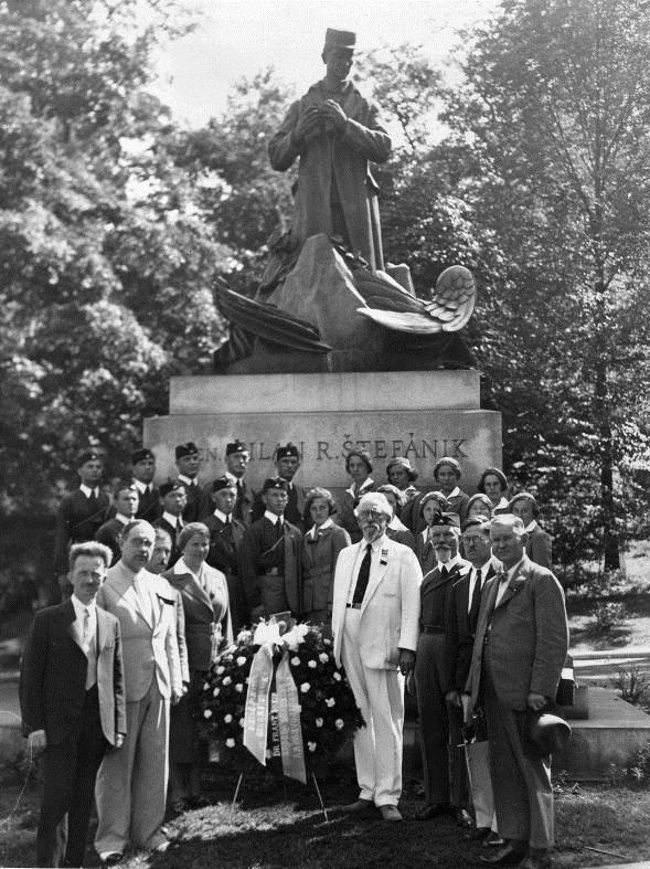 Czechs gather around Stefanik