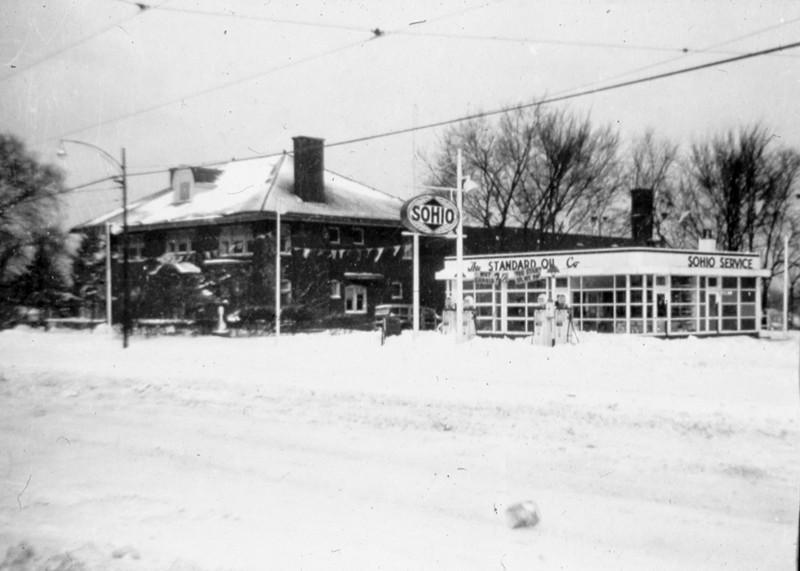 Snowy Detroit Avenue
