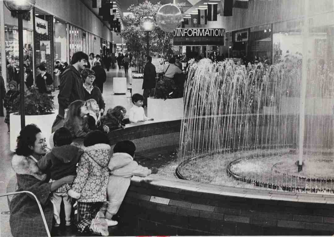 Severance Center, 1976
