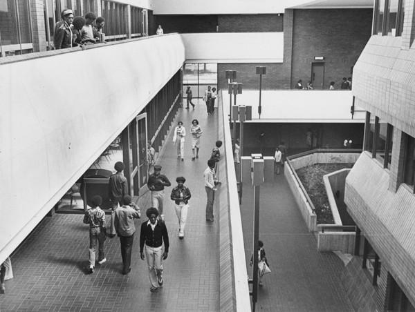 Interior, 1976