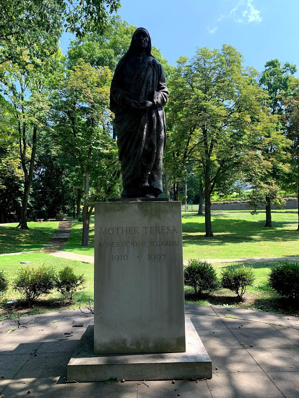 Mother Teresa Statue Atop a Pedestal