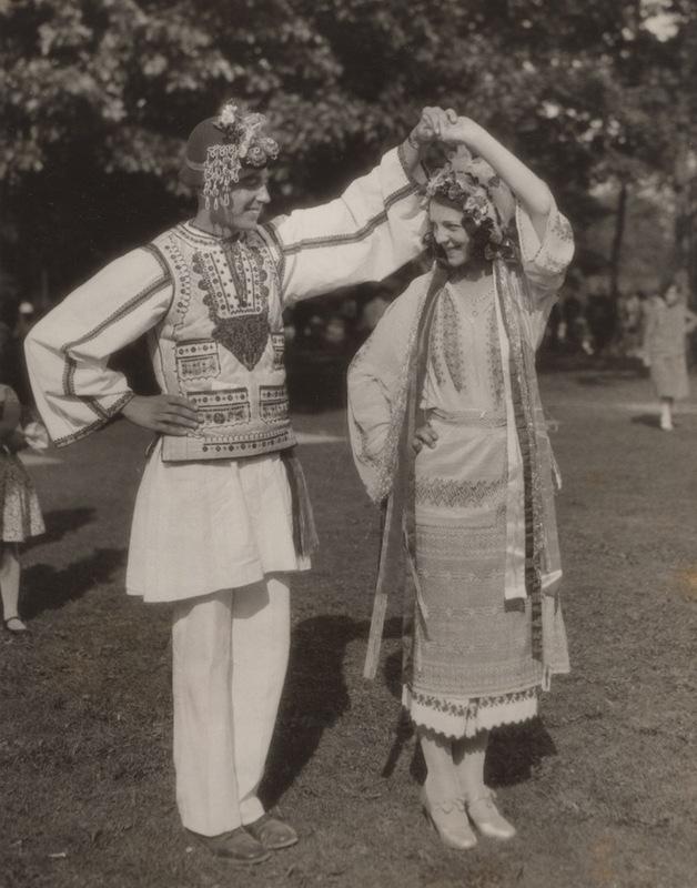 Folk Dancing in Edgewater Park