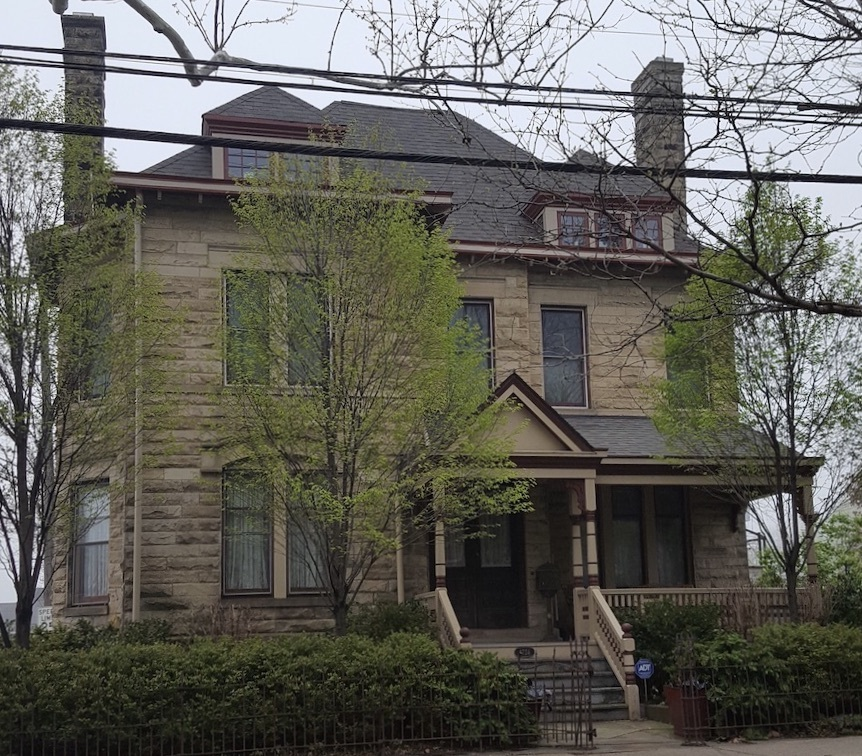 Wallace Manor