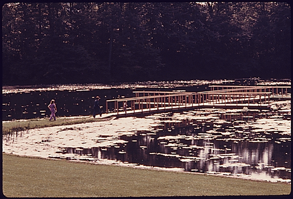 Platforms Over Kendall Lake