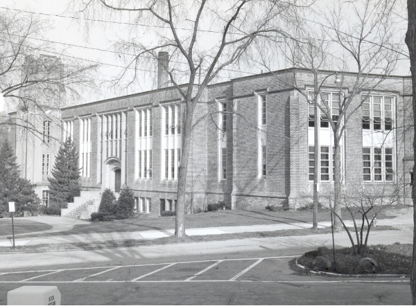 Coventry School, Washington Blvd Side