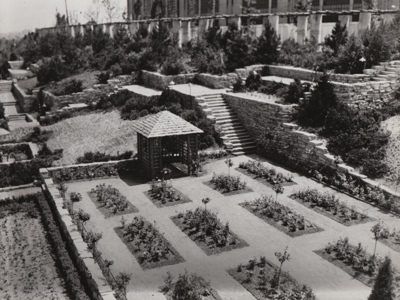 Gardens, 1936