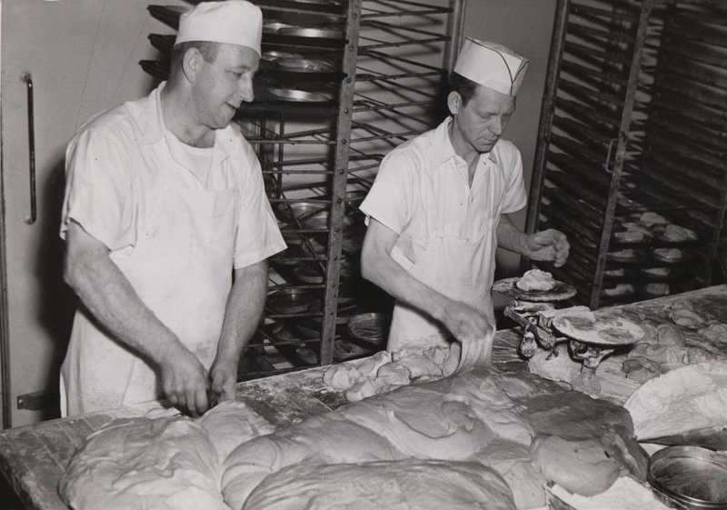 Bread Bakers, 1945
