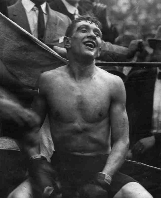 Boxing Champion of the World, 1912