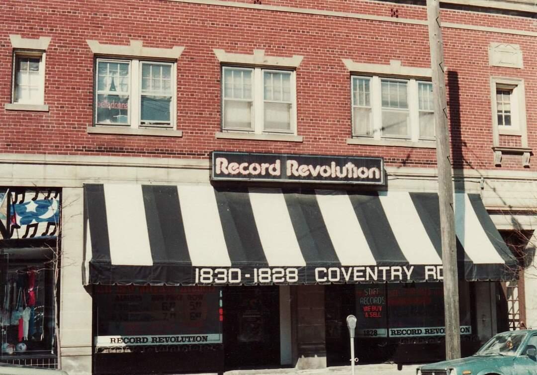 Record Revolution, 1982