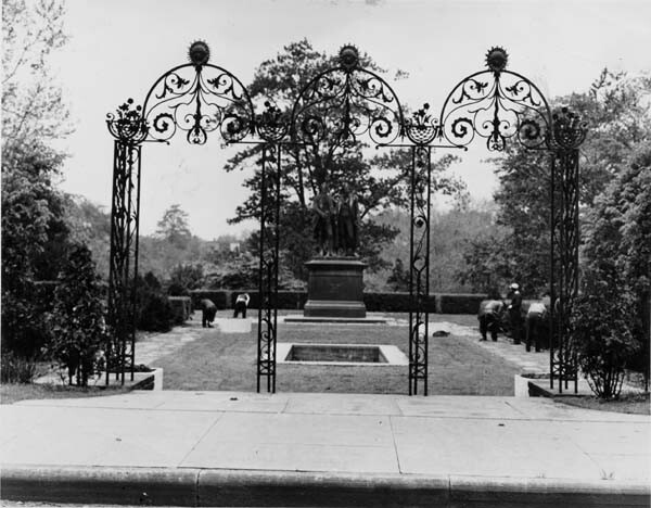 German Garden, 1940