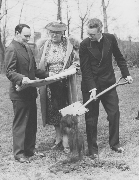 Groundbreaking, 1939