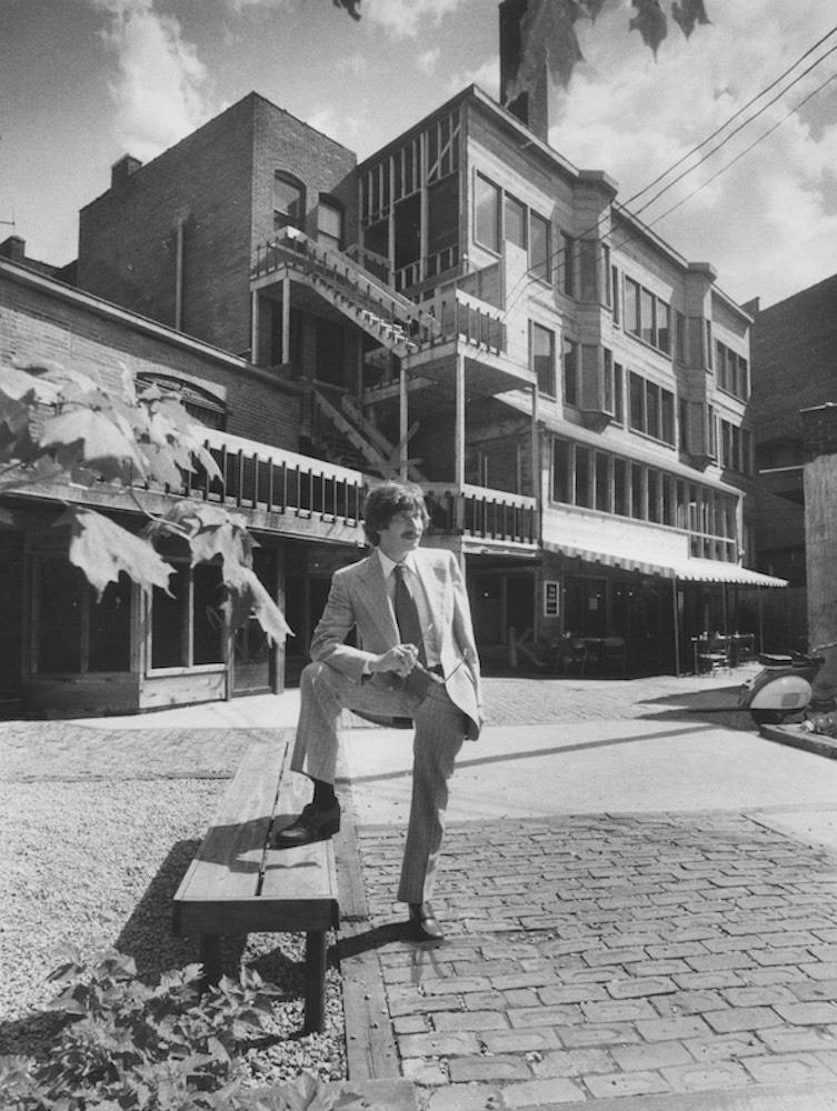 CoventrYard, 1977
