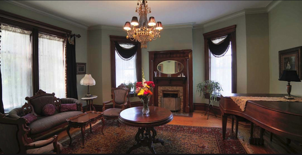 The Bed and Breakfast Parlor
