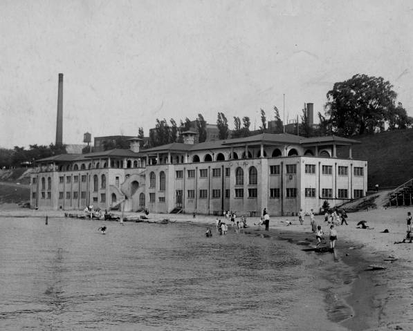 Edgewater Park Bathhouse, 1927