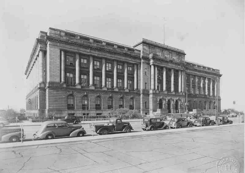 City Hall, 1943
