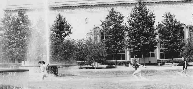 Mall Fountains, 1967