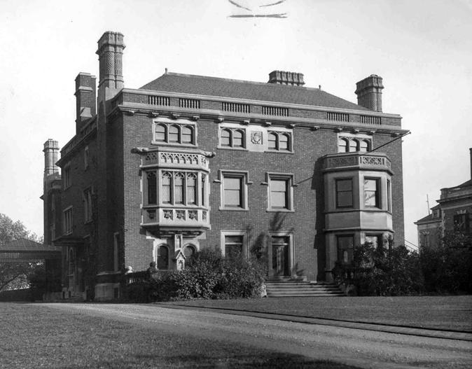 Mather Mansion, Exterior