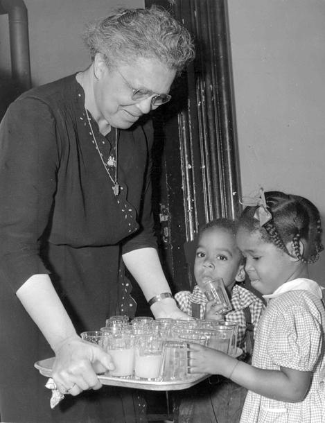 Jane Edna Hunter, 1946
