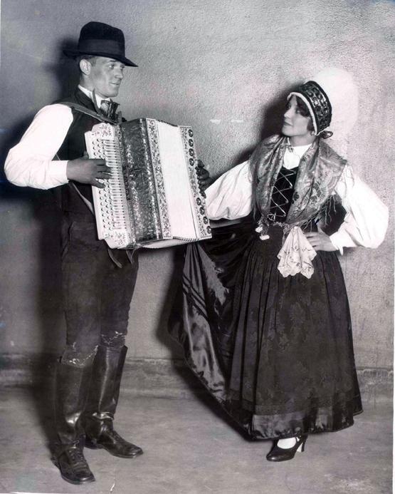 Slovenian Performers, 1927