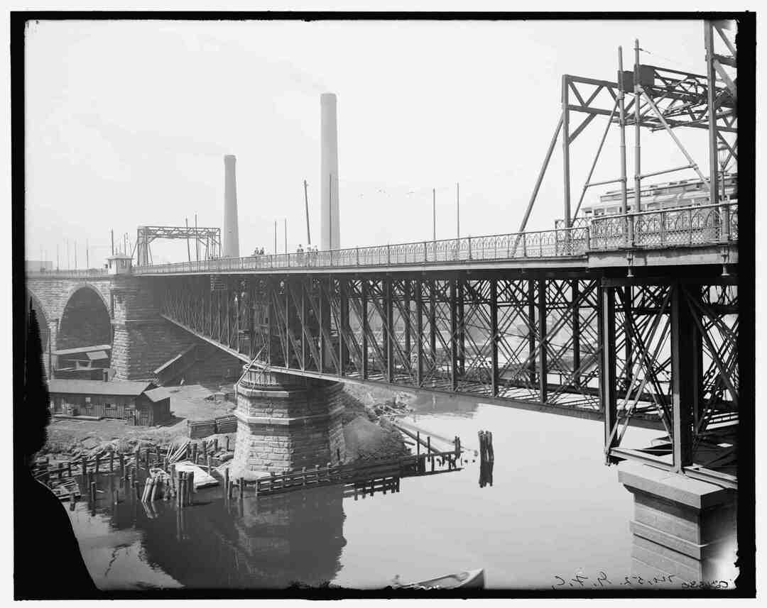 Center Span, Ca. 1900