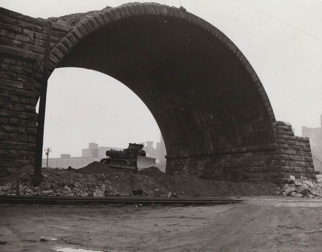 Arch, 1938